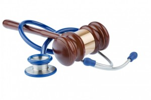 bigstock-gavel-and-stethoscope-symboli-81326963-865x576